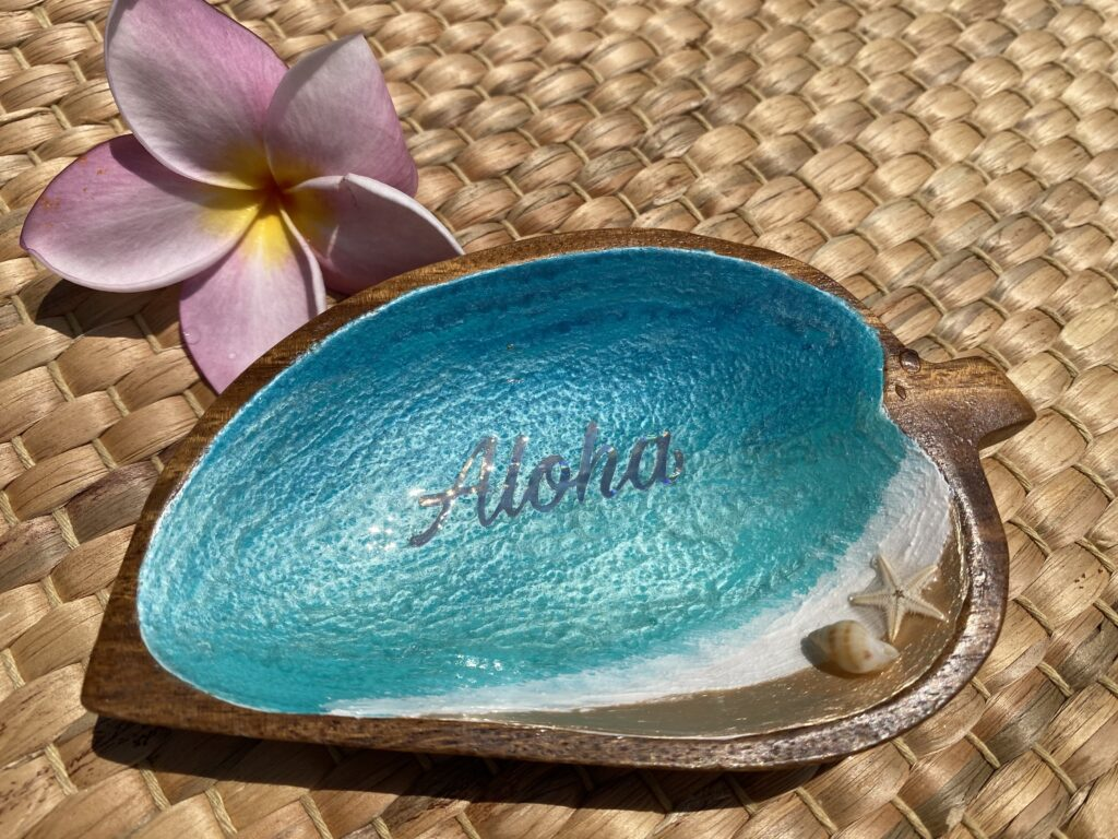 ウッドプレートリーフ小 Aloha L040